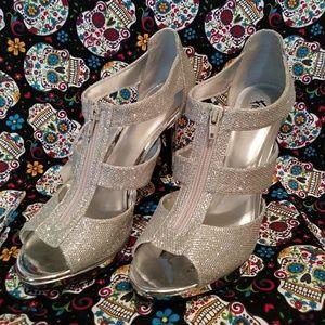 New Metallic Silver Heels
